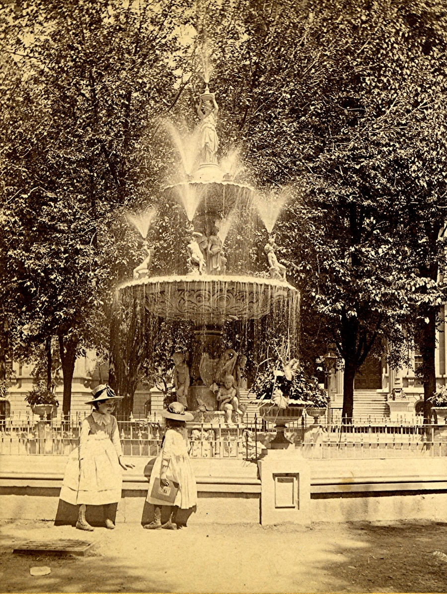 Courthouse Square Fountain, Late 1880s